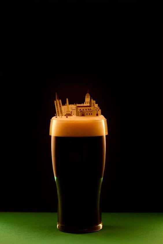 DUBLIN By Crespo y Portoles Avec créativité, elles reproduisent en miniature les emblèmes de grandes villes et leurs spécialités gastronomiques. https://brunchcity.wordpress.com/page/2/