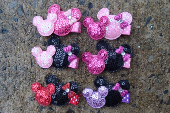 2 Minnie Mouse Birthday Favor hair clips Minnie Mouse Hair Clip You pick any 2 by MyLuckyHairBow on Etsy https://www.etsy.com/listing/109795194/2-minnie-mouse-birthday-favor-hair-clips