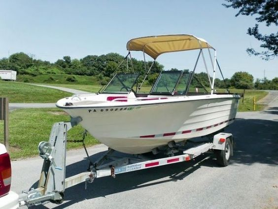 19 feet 1977 rinker rinkerbuilt fish and ski white for for Pa fish and boat