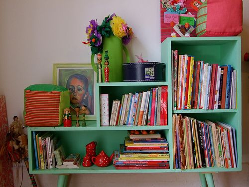 I like painted bookcases