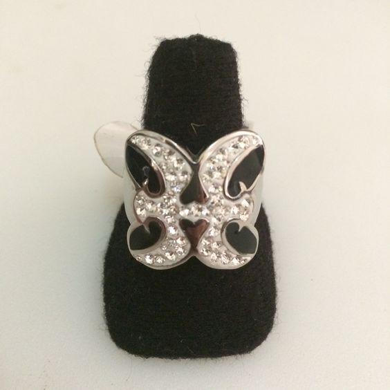 http://littlemich.com/wp-content/uploads/2015/03/IMG_3723-1024x1024.jpg Anillo Fashion tipo Mariposa #Joyería #Bisutería - http://littlemich.com/tienda/anillos/anillo-fashion-tipo-mariposa/