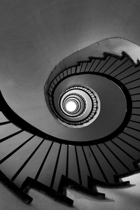 Swirl by Marco Virgone RADIAL BALANCE