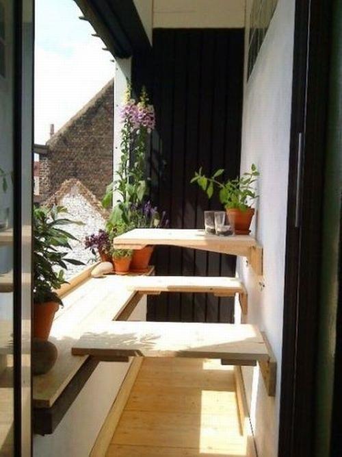 Great idea for a small narrow balcony balcony for Small balcony seating ideas