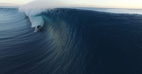 The world's most dangerous wave has never looked so beautiful Read more at http://www.grindtv.com/surf/worlds-dangerous-wave-never-looked-beautiful/#O5hYRbCmg3xXysUi.