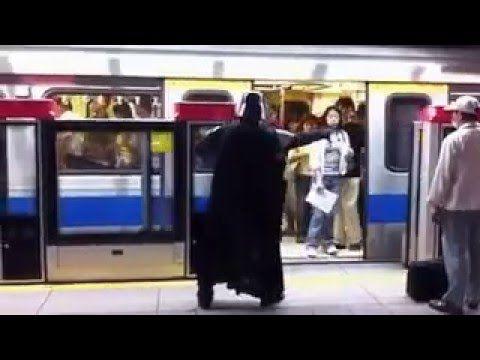 지하철에 나타난 다쓰베이더의 포스 - Darth Bader at subway