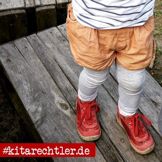 """🔥🔥🔥 #64 von 1.000 I""""Die Kinder sollten daher Kleidung tragen, die den Körper vollständig bedeckt. Nach dem Waldaufenthalt sind die Kinder sorgfältig nach Zecken abzusuchen (helle Kleidung erleichtert deren Auffinden)."""" (Unfallkasse Hessen) #kita #erzieher #erzieherin #kindergarten #kitaleitung #wald #zeckenbiss #zecken #aufsicht #krippe #zecke #hort #betreuung #kinderschutz #kitarechtler"""