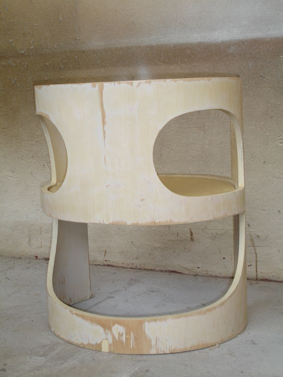 Arne Jacobsen chair before restoration