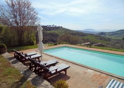 Casa San Gabriel | Italy Perugia Umbria. Gorgeously restored villas with breathtaking views. Chill out on the terrace, sample the owner's homemade wine, and the wood-fired pizza!