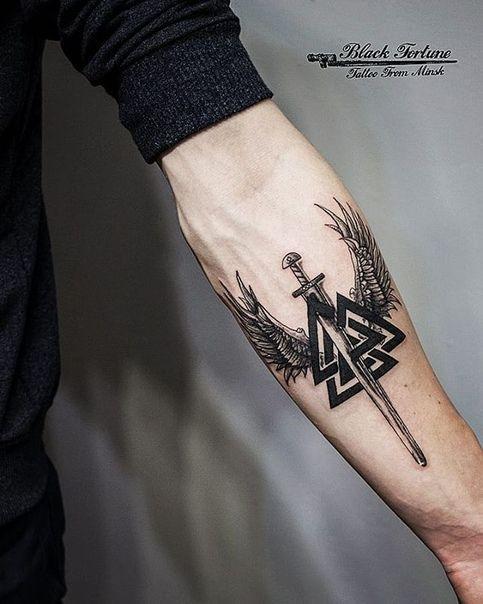 Hand Eagle Tattoo Em 2020 Tatuagem Masculina Tatuagem Nordica
