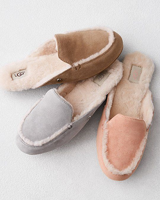 This Slide Version Of The Classic Ugg Slipper Has The Right Degree Of Openness To Usher In Summer Comfy And Sleek Ugg Slippers Women Ugg House Shoes Slippers
