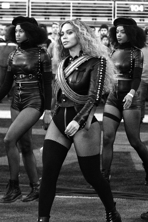 """Ladies get in FORMATION- yes it wasn't 'til I wrote it out that I figured it out: """" get information """" !!!! Beyoncé was so boss with her Black Panther inspired costumes and dancers who at one point formed an """"X"""" shout out to Malcom in her 2016 Super Bowl performance. #beyonce #formation"""