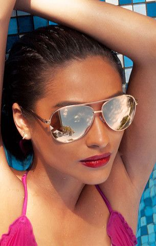 Vivienne Gold – Quay X Shay Mitchell. Love these!!!