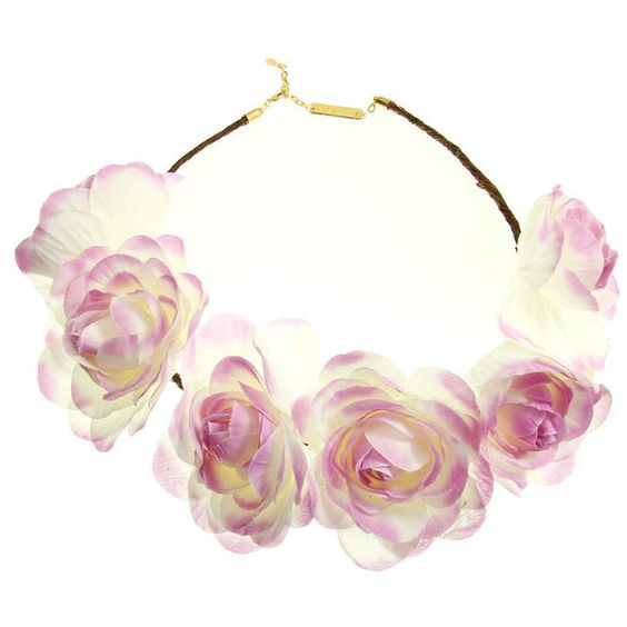 CALYPSO FLOWER CROWN (85 BRL) ❤ liked on Polyvore featuring accessories, hair accessories, hair, accessories - hair, flower crown, purple flower crown, white floral garland, wire garland, wire crown and flower garland