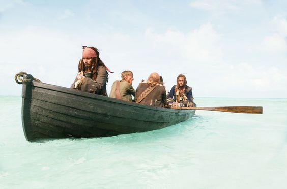 Sparrow, Pintel, Ragetti, Norrington and Swann in Dead Man's Chest.
