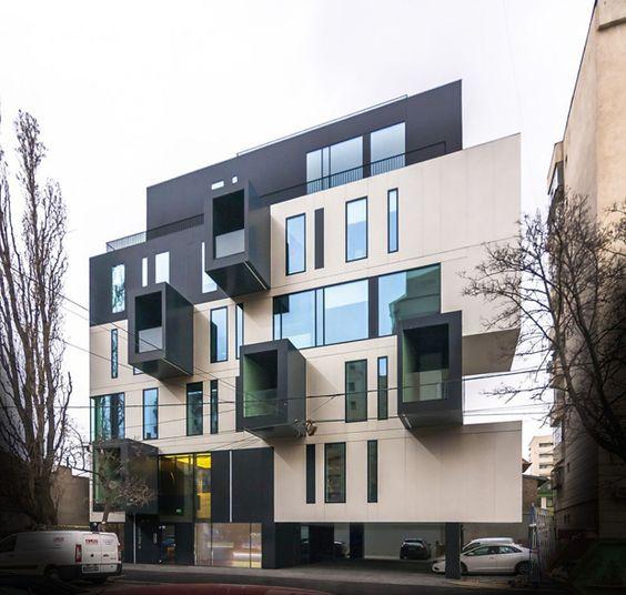 Edificio de oficinas L.S.G. HEad di Urban Office