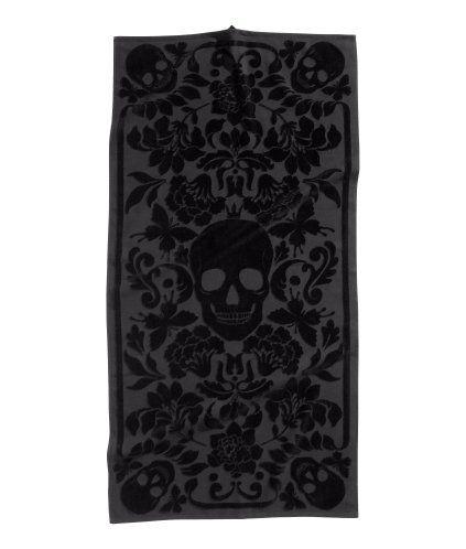 Your Dark Palace Jacquard Weave Bath Towel in Skull Print