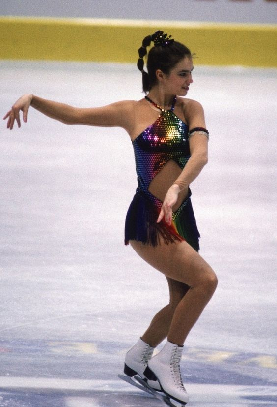 Katarina Witt in 1986 | 26 Horrifyingly Awesome Figure Skating Fashions From The '80s