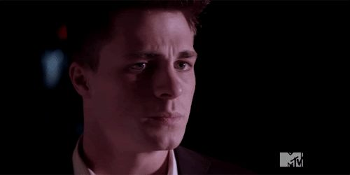 scared2.gif (500×250)