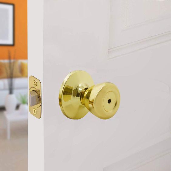 Bathroom Bedroom Door Handle Lock Keyed Lockset Lockable for 60mm-70mm Backset