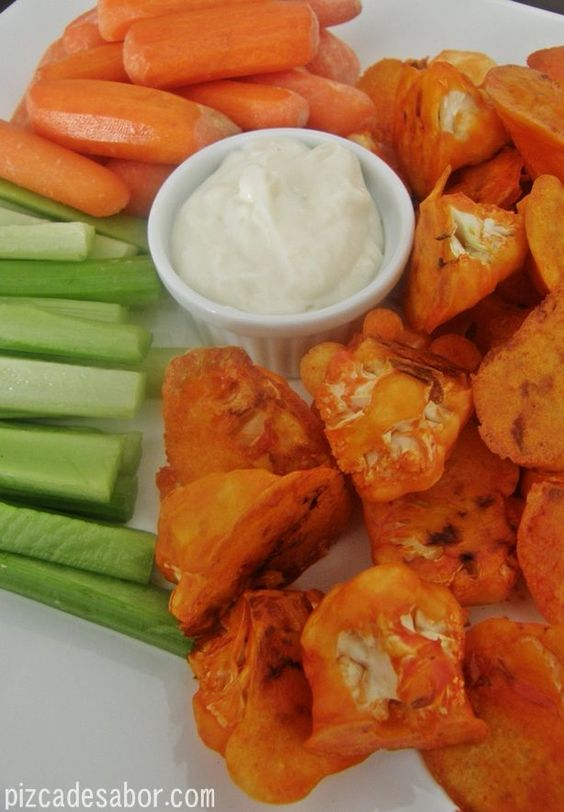 "Coliflor estilo ""boneless"" buffalo chicken 