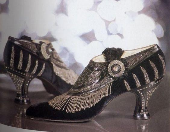 Fabulous Flapper Shoes heels pumps black silver beaded buttons 20s vintage fashion style color photo