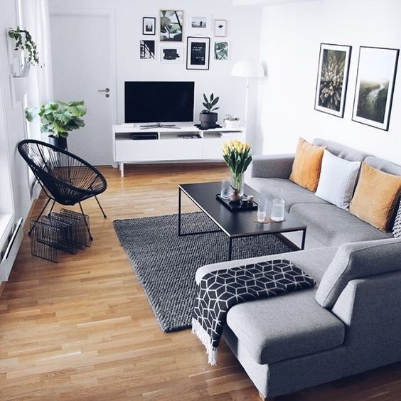 Small Living Simple Decor Gallery Wall Inspiration Are You Looking For Unique An Small Living Room Decor Living Room Decor Modern Living Room Decor Apartment #simple #small #living #room