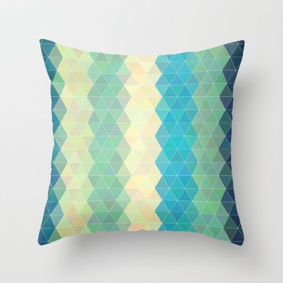 Vertical Boho Triangle Pattern Throw Pillow