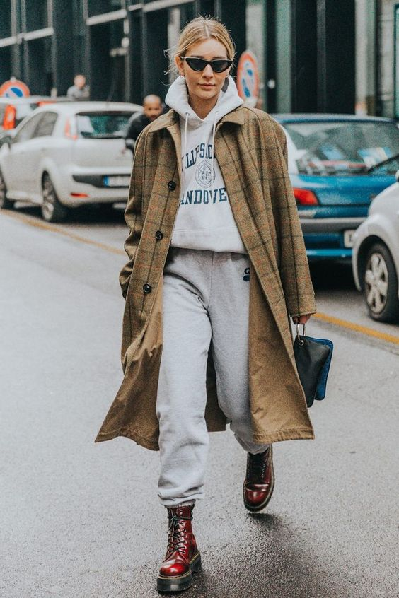 Jogging outfits are the one athleisure look you can count on us not actually wearing to the gym. Don't take our word for it, let these looks demonstrate.
