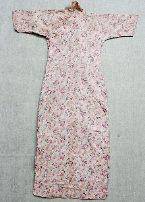 20世纪30年代交领印花旗袍