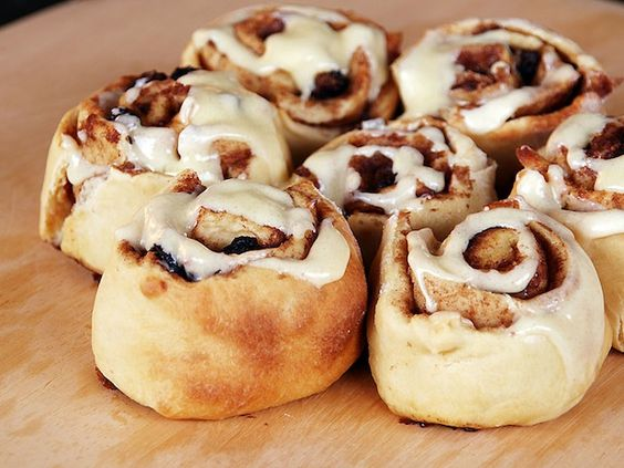 Homemade Cinnamon Rolls Recipe - Can we have breakfast now?