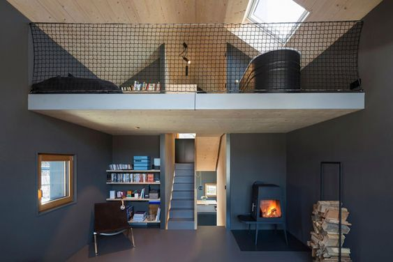 Pequena casa de madeira com grande estilo - limaonagua