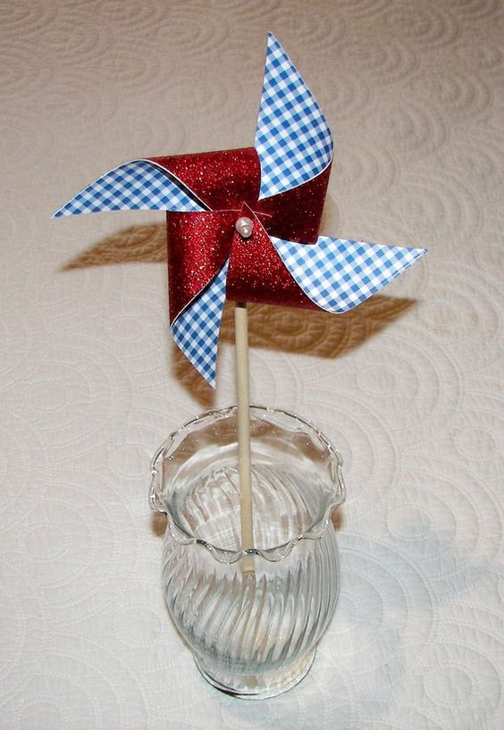 Paper pinwheel favor red glitter and blue gingham