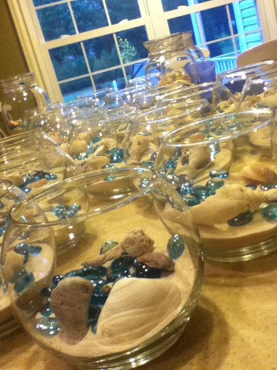 Easy To Do Decorations Just Take Sand And Put It In Glass