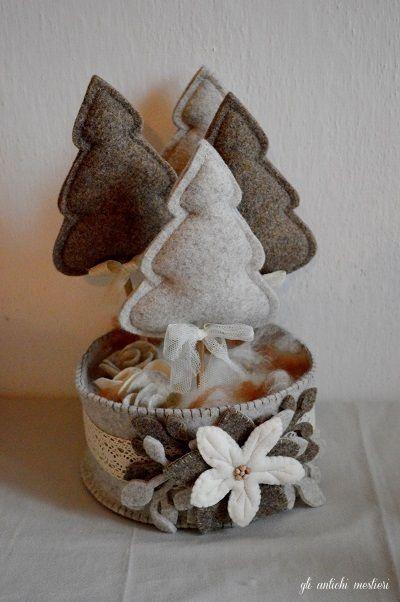 Il centrotavola di Natale! Interamente fatto a mano. #christmastime #christmasgift #gliantichimestieri