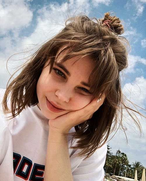 30 Cute Short Hairstyles For Girls Check More At Https Langefrisuren Com P 1863 In 2020 Cute Hairstyles For Short Hair Short Haircuts With Bangs Thick Hair Styles