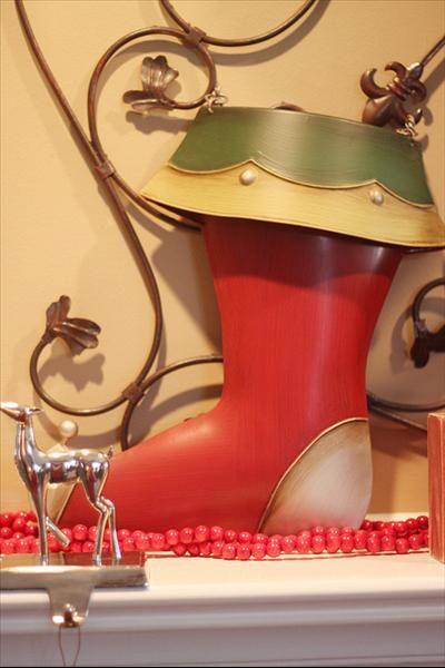 Willow House Holiday Door Bucket!