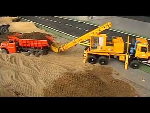 Cara Menarik Dump Truck Ambles Di Pasir Mobil Mainan Anak Mainan Anak Mobil Mainan Mobil