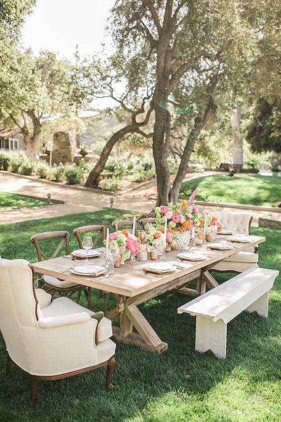 Vibrant California Wedding Inspiration - MODwedding: