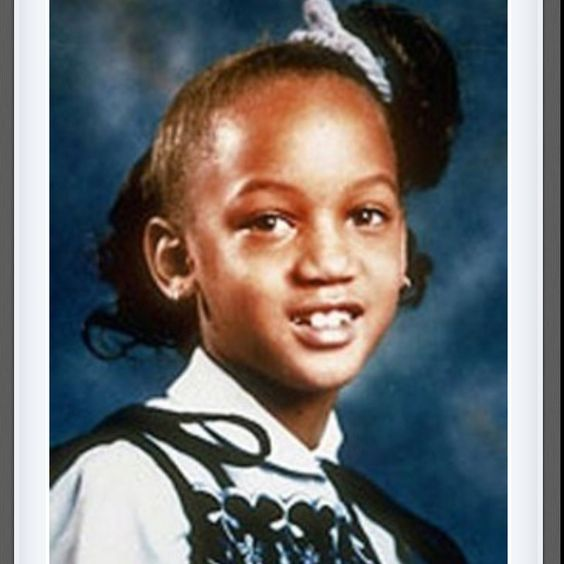 Young Tyra Banks Super Model