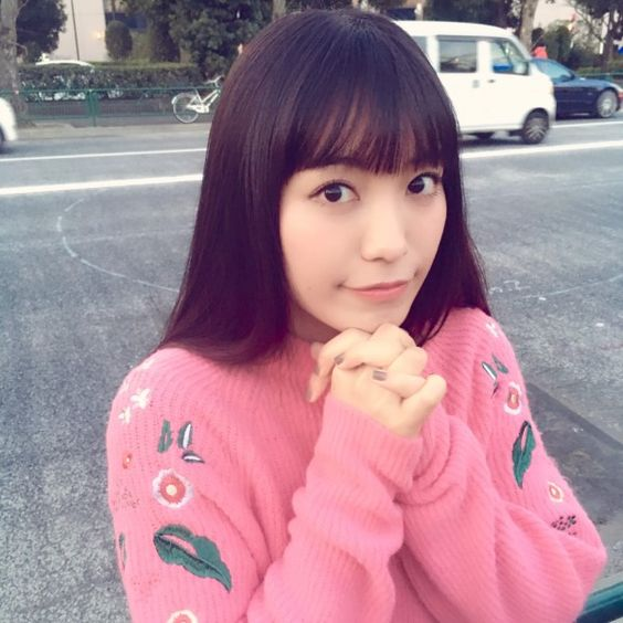 miwaのピンクの衣装