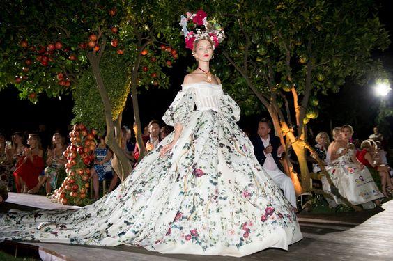 Dolce & Gabbana Alta Moda Fall 2015: