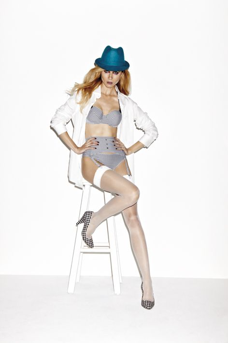 Fall|Winter 2012 - Gloria Gris Pied de Poule  Bras from € 87.95 Bottoms from € 39.95: