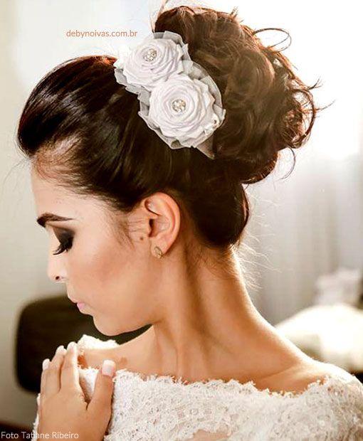 Arranjo De Noiva Com Flores De Cetim Cabelo De Noiva Acessorios