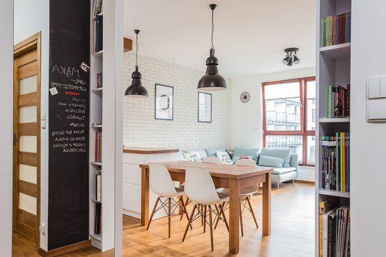 Salones de estilo Escandinavo de Kameleon - Kreatywne Studio Projektowania Wnętrz