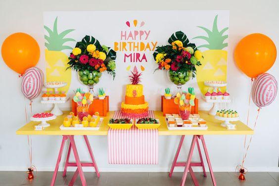Decoração de festa para tema Abacaxi em Pineapple Party: