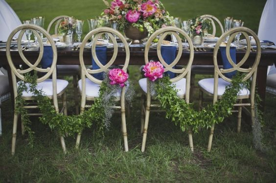 chair garland | Ava Moore Photography | Glamour & Grace
