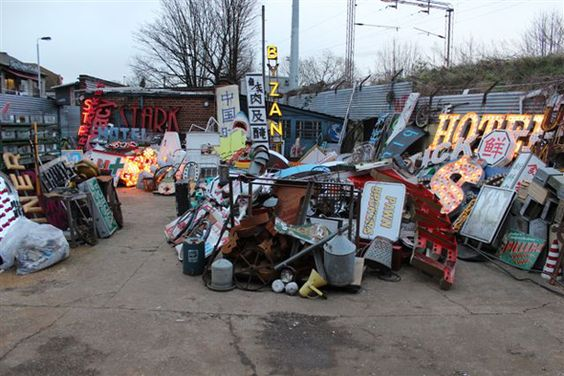 Gods own junkyard 96 vallentin rd e17 3jh chris bracey for Recycled building materials los angeles