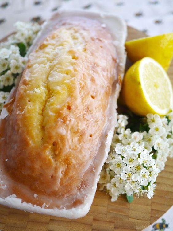 Lemon Drizzle Cake (Sorry Starbucks) by thelondoner: Sponge cake drizzled in lemon heaven. #Cake #Lemon
