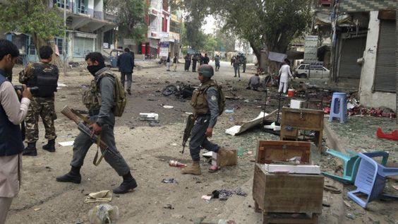 Cazuza: Ataque suicida do EI mata mais de 30 pessoas no Af...