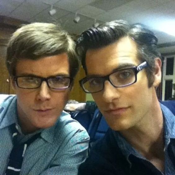 """Caleb and Alan being nerdy extras in Taylor Swift's music vid for """"Story of Us"""""""